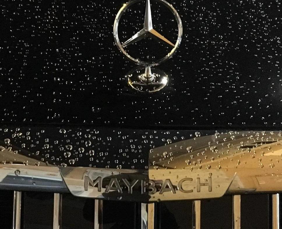 Mercedes S 560 Maybach car rental